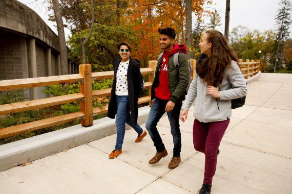 Students walk in IU