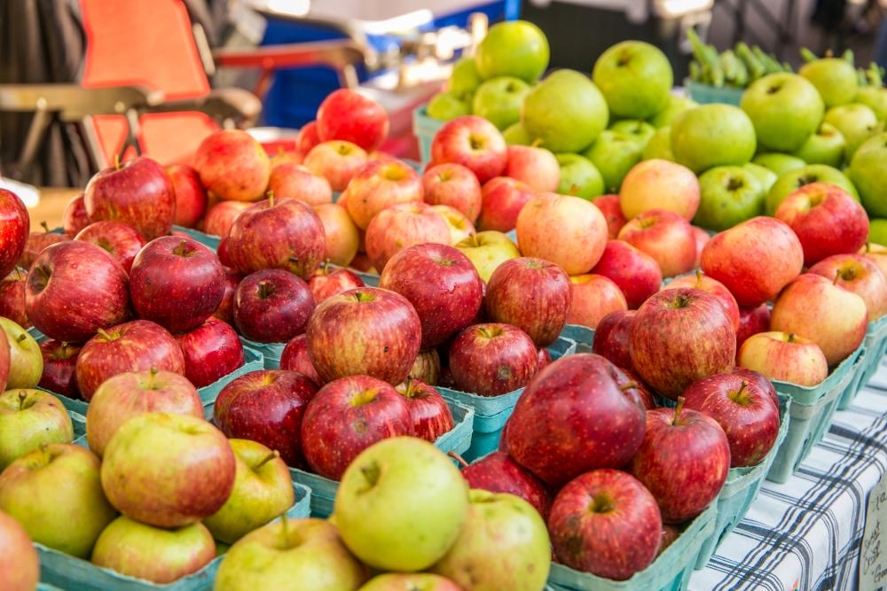 Apples at a farmers market