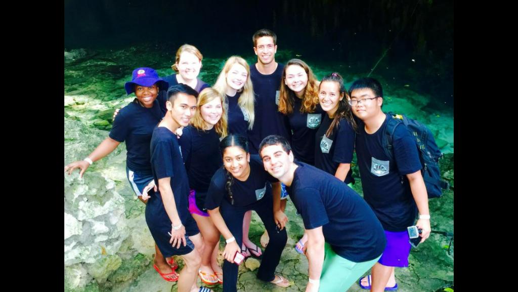 Group photo at Dudu lake